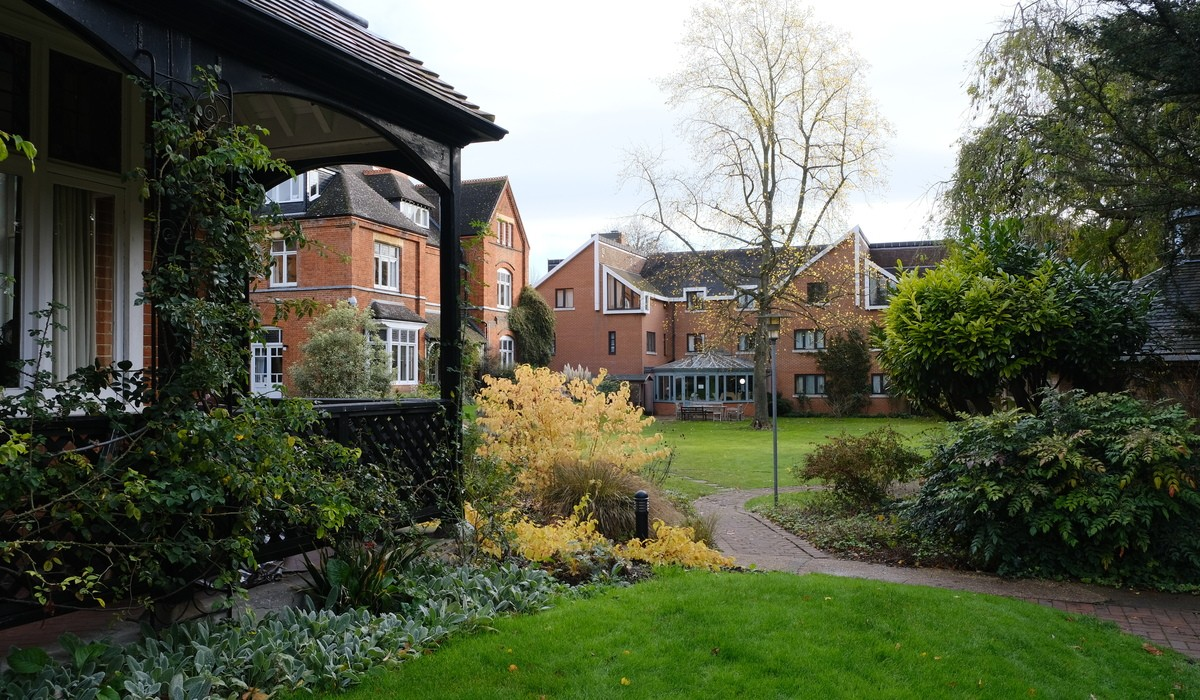 Lucy Cavendish College commits to divestment from fossil fuel companies